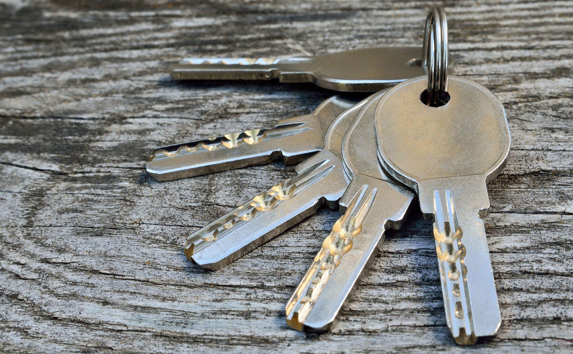ドア錠のピッキングは簡単? 不法侵入を防ぐ「Key」は「ディンプルキー」