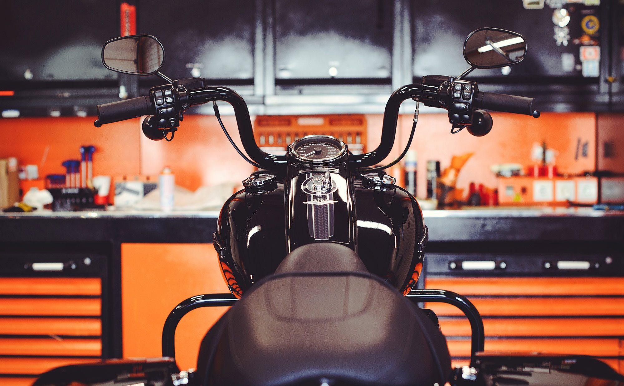 バイクをフルに楽しむ暮らし! 憧れのガレージライフ