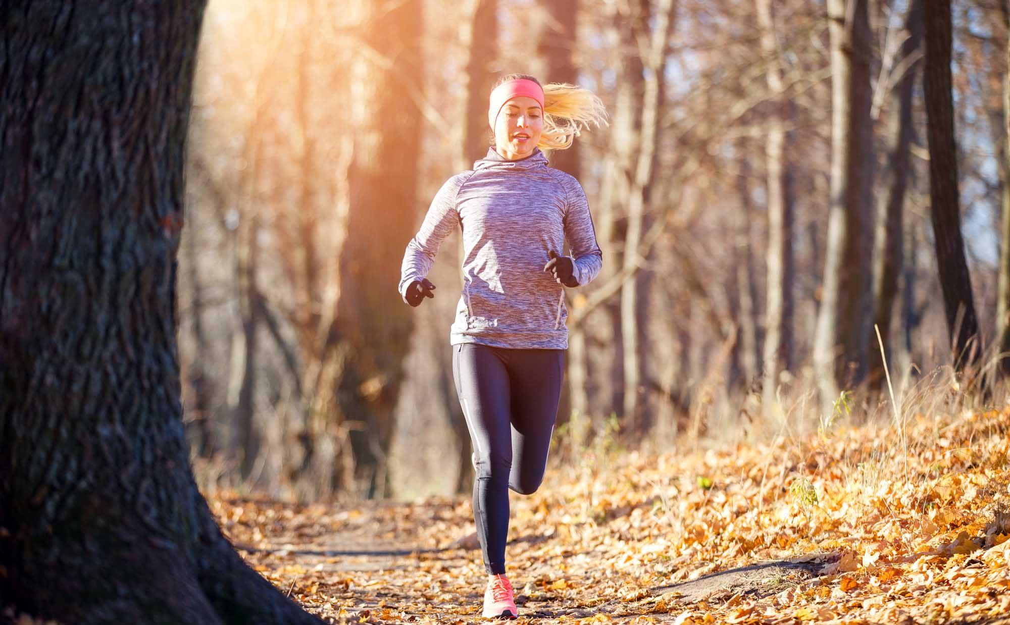 登山とランニングのいいとこ取り! トレイルランニングの魅力と楽しみ方