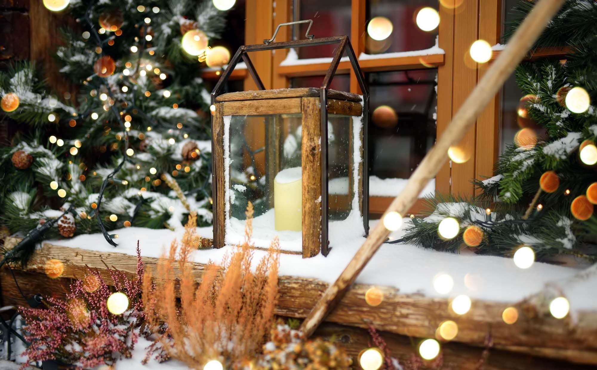 明かりを灯せばクリスマス気分、おうちイルミネーションを作ろう