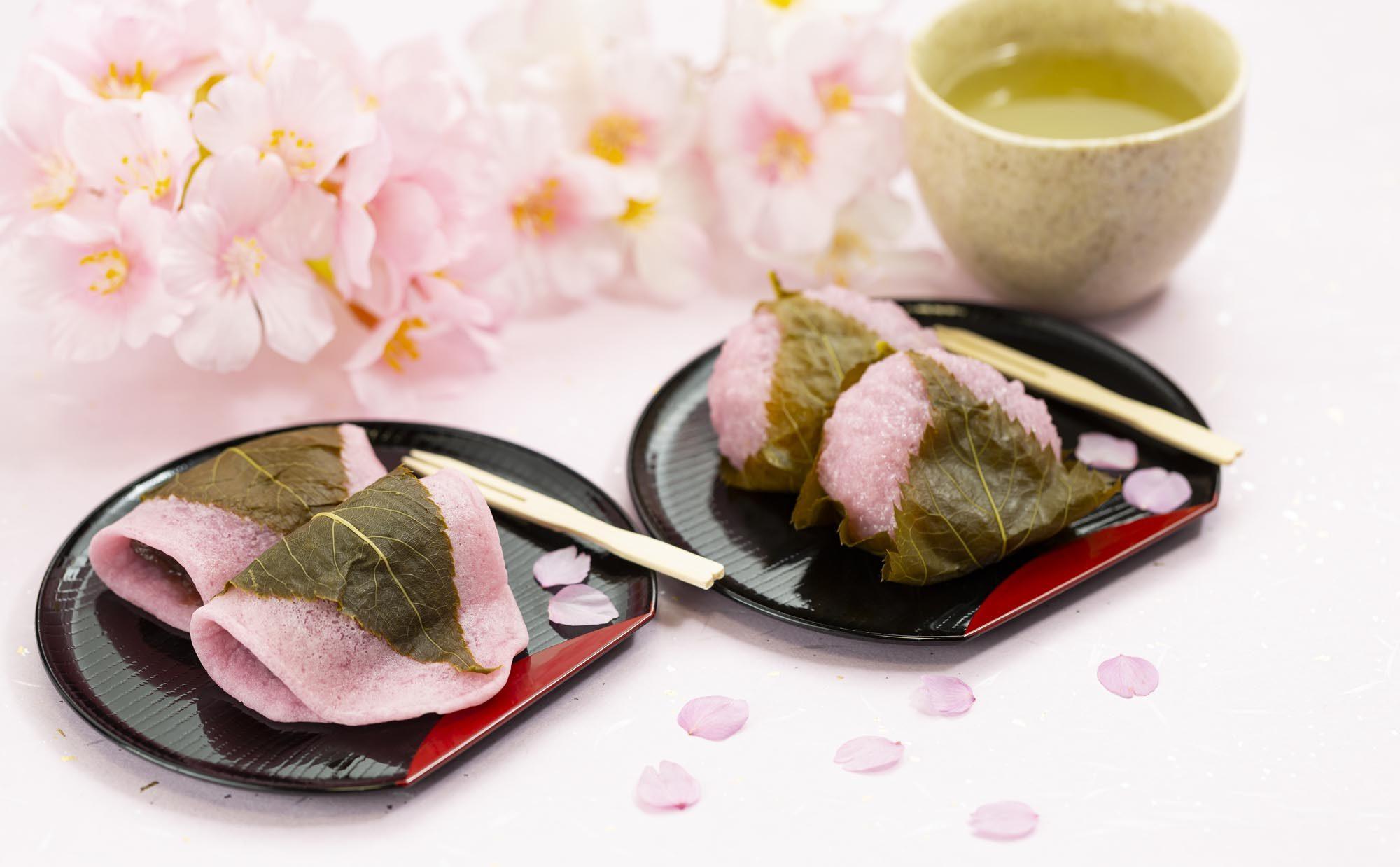 今年は桜餅を作ってみませんか。レンジで簡単、道明寺粉を使ったレシピ