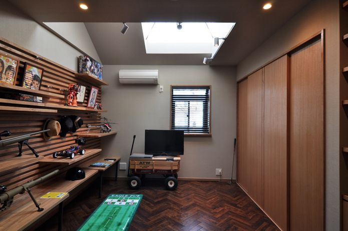 【リノベ暮らしな人々】新たにトップライトを設けた書斎